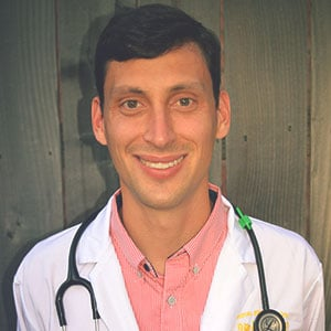 Dr. Daniel Dixon, Associate Veterinarian
